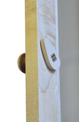 Maple CD cabinet doorknob detail