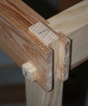 Four-way joint detail