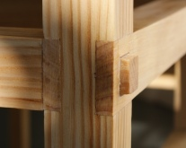 Pine desk joint detail